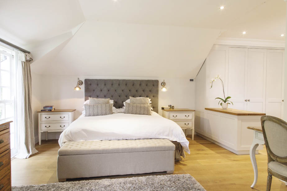 Modern Bedroom Wooden Furniture