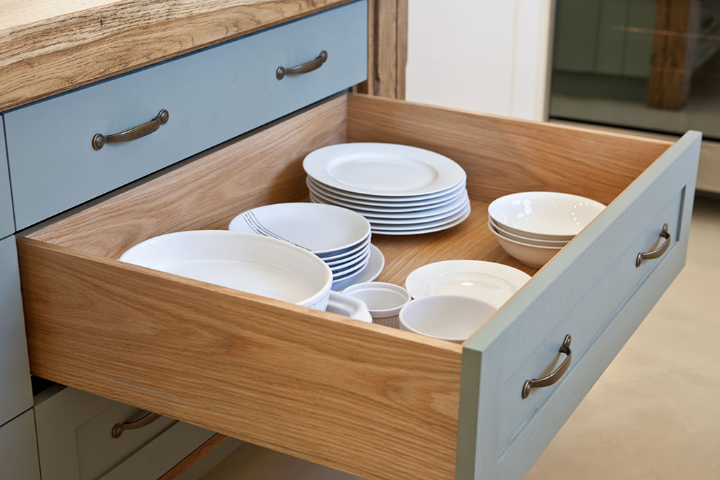Beautifully Made Kitchen Drawers